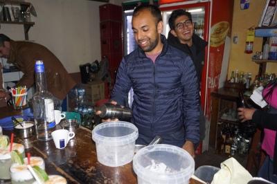 Master bartender at work!