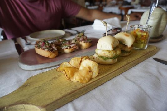 Mini-seafood burgers